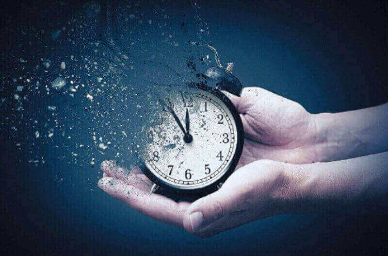إضاعة الوقت